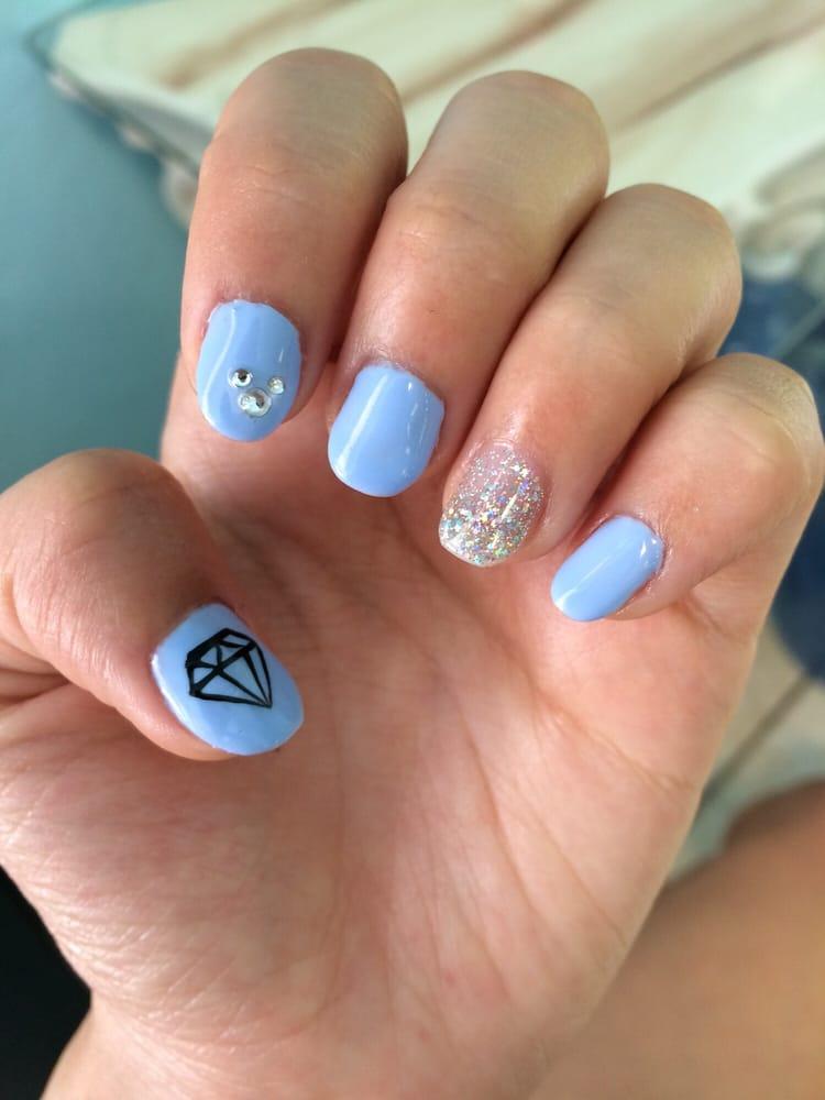 Disney Gel Manicure – Papillon Day Spa