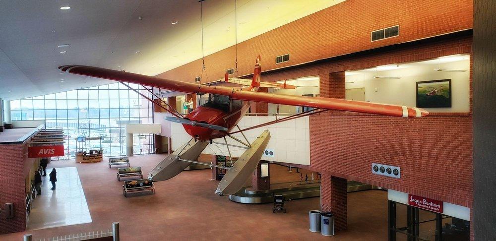 Kalamazoo-Battle Creek International Airport - AZO: 5235 Portage Rd, Kalamazoo, MI