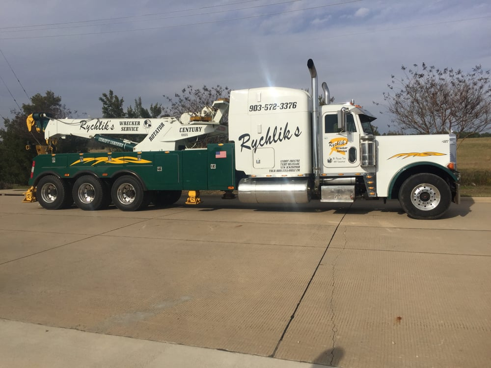 Rychlik Auto: 1410 Industrial Rd, Mount Pleasant, TX