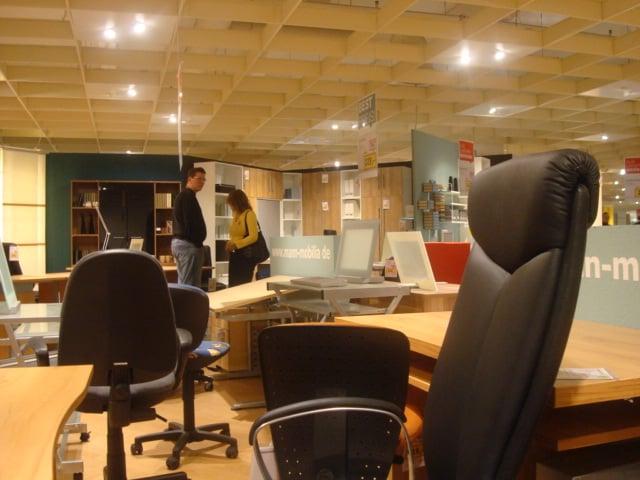 Mann mobilia ludwigsburg meubelwinkels monreposstr 51 for Mann mobilia karlsruhe restaurant