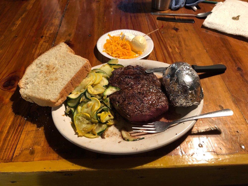 Frank's Cafe: 3656  W Hwy 7, Chilton, TX