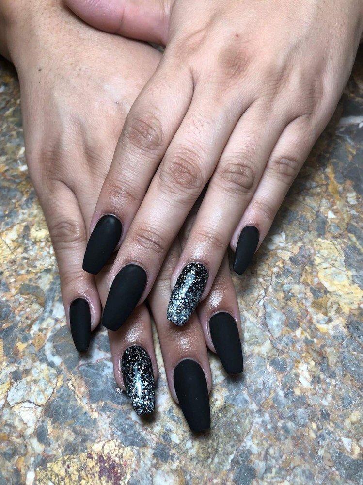 Matte black gel coffin nails - Yelp