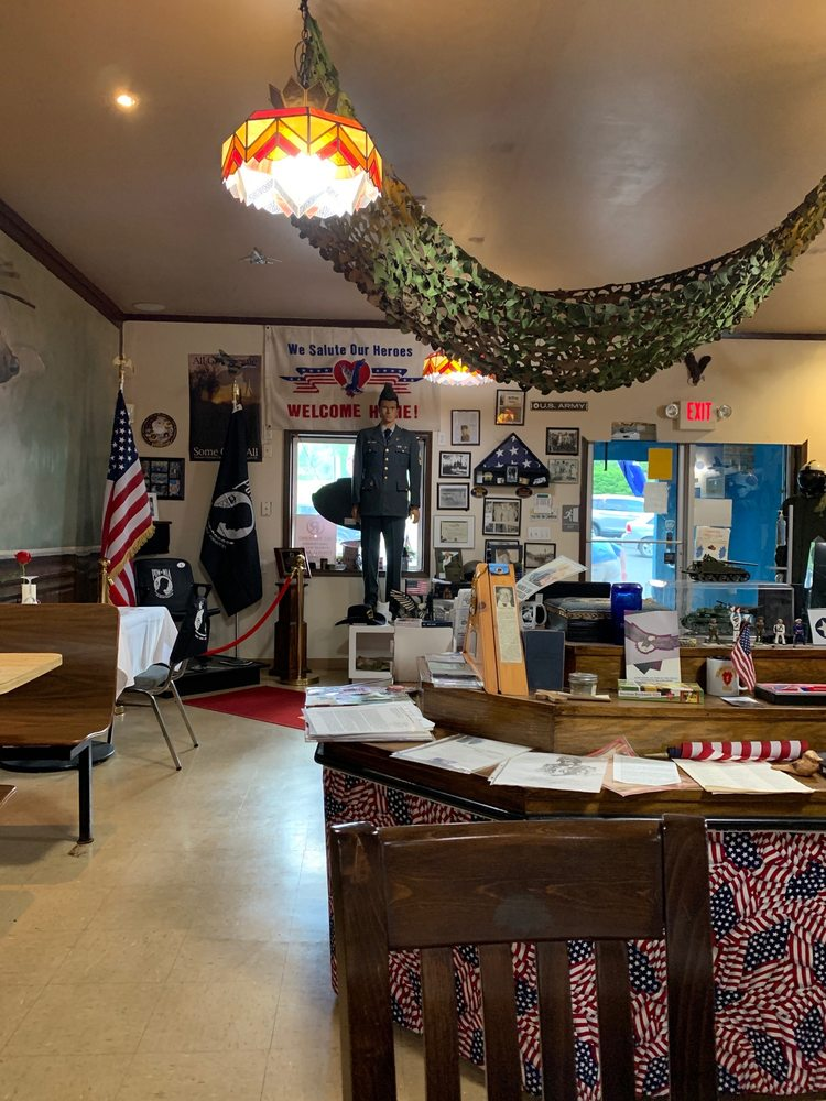 The Mess Hall: 1064 Drinker Tpke, Covington Township, PA