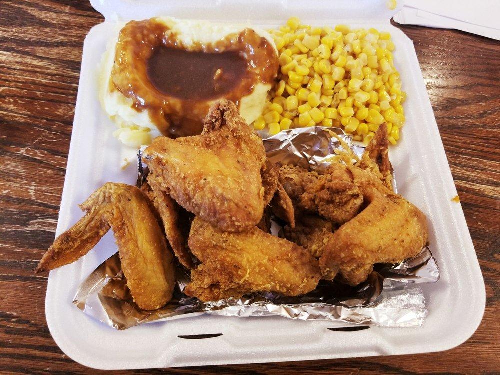 A-Mayes-N-Soulfood: 450 N Military Hwy, Norfolk, VA
