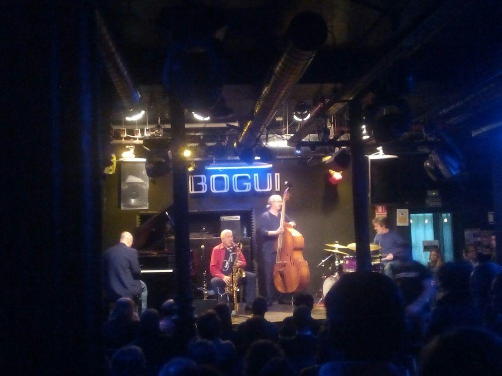 Bogui jazz salas de conciertos calle del barquillo 29 for Conciertos jazz madrid