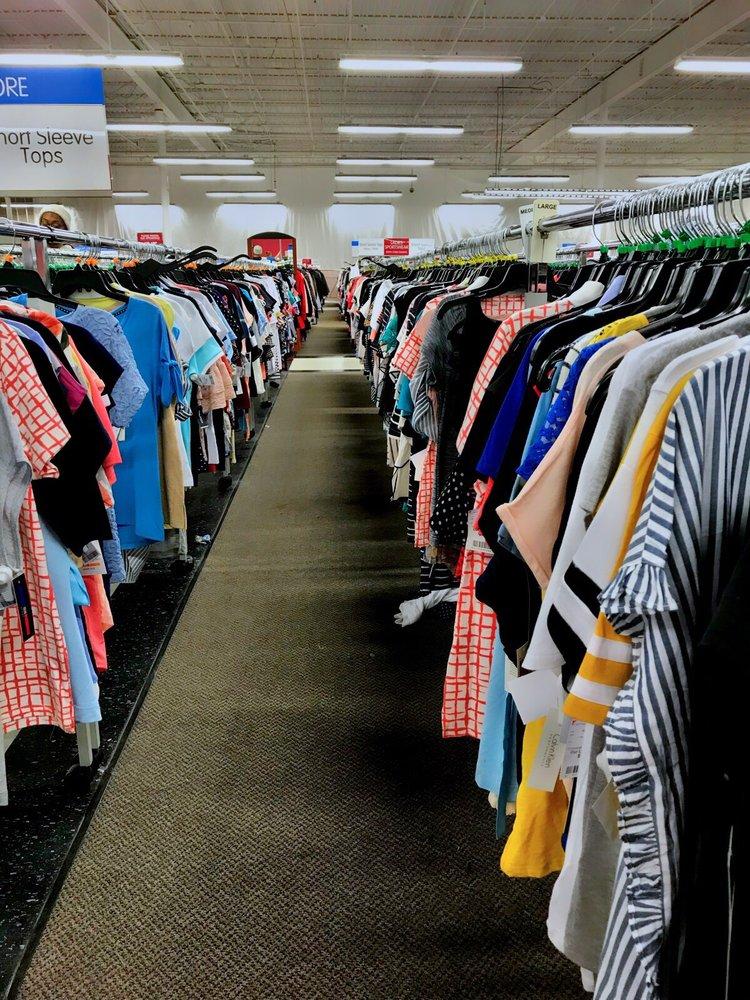 Burlington Coat Factory: 47100 Community Plz, Sterling, VA