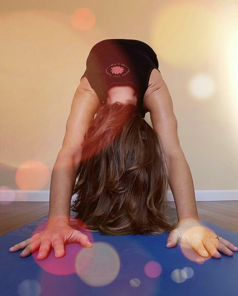 Sunstone Massage Wellness & Yoga: 2123 Dune Dr, Avalon, NJ