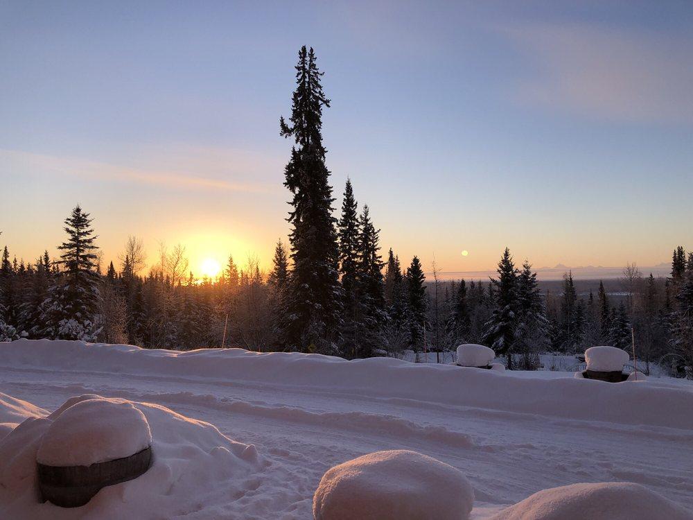 A Taste of Alaska Lodge: 551 Eberhardt Rd, Fairbanks, AK