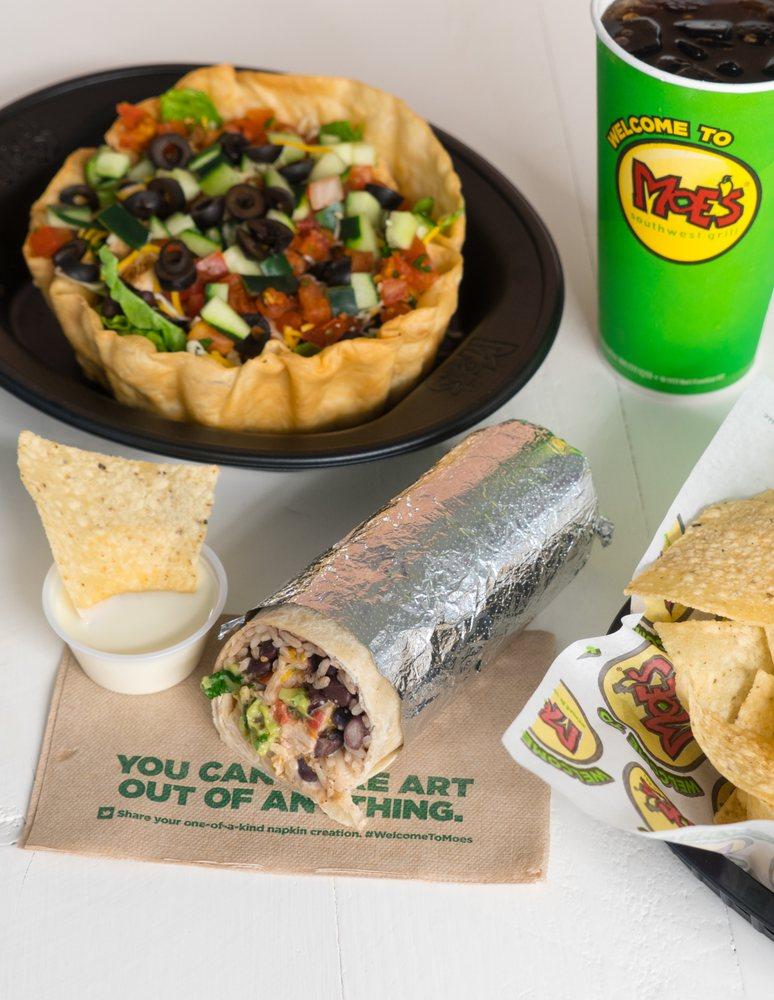 Moe's Southwest Grill: 10549 Suwannee Plaza Ln, Live Oak, FL
