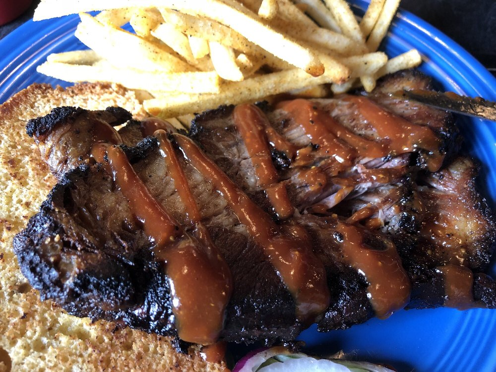 Beale Street Barbeque: 215 Water St, Bath, ME