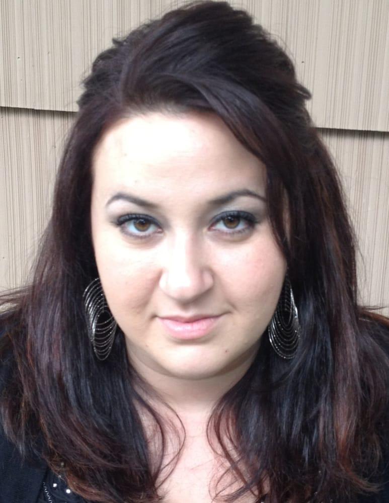 Maria Kasimis: 45 Bantam Lake Rd, Torrington, CT