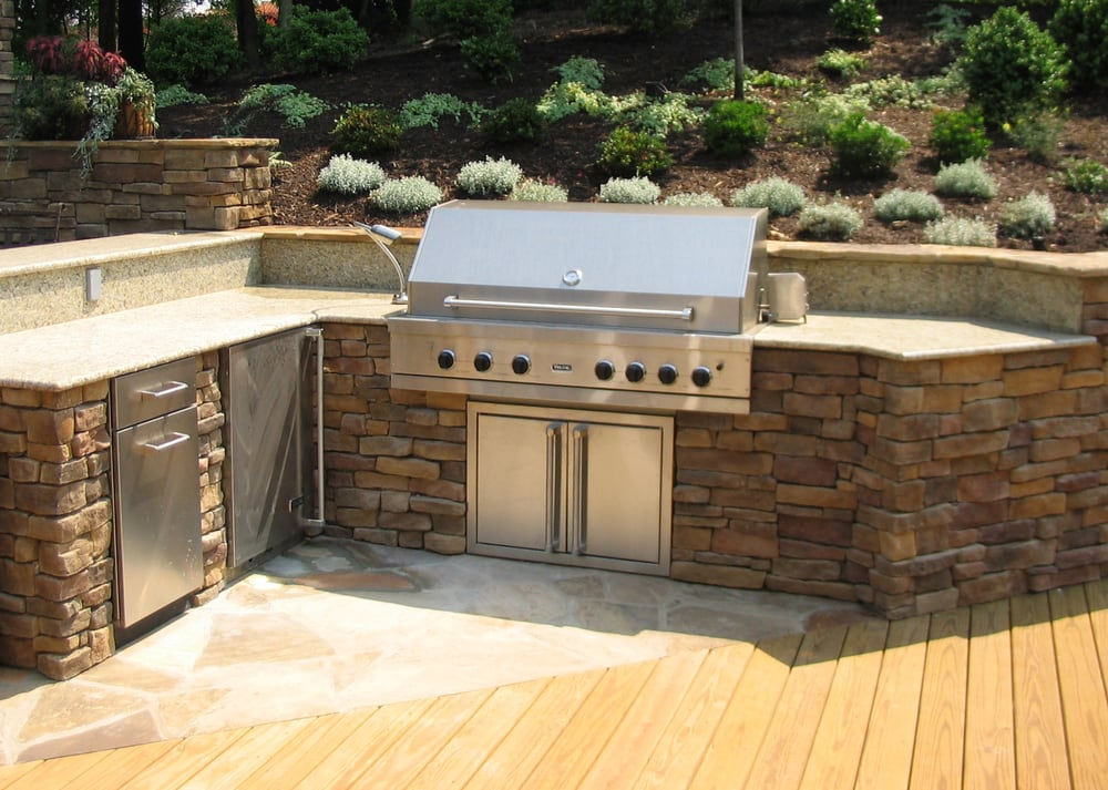 Outdoor Kitchens and Patios - 2019 All You Need to Know ...