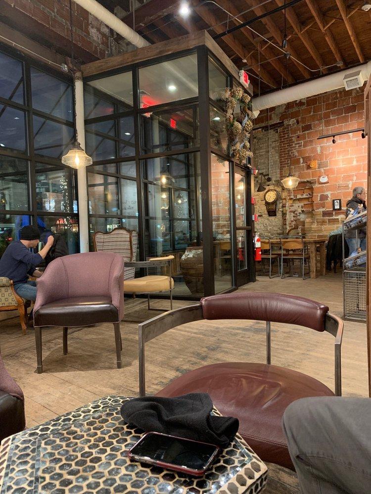 Caffe Nero: 321 Broadway, Arlington, MA