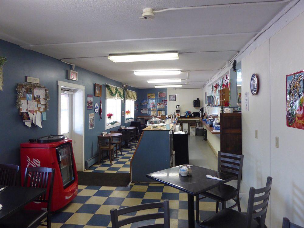 Blue Highway Cafe: 986 Killingworth Rd, Haddam, CT