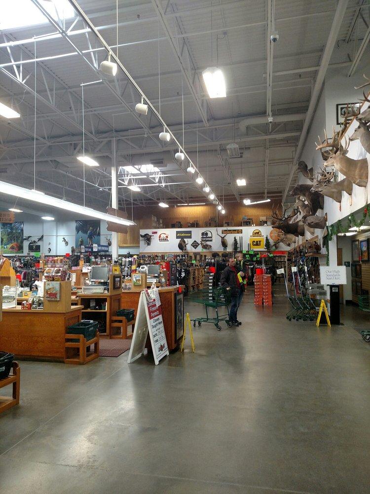 Sportsman's Warehouse: 921 SE Oralabor Rd, Ankeny, IA