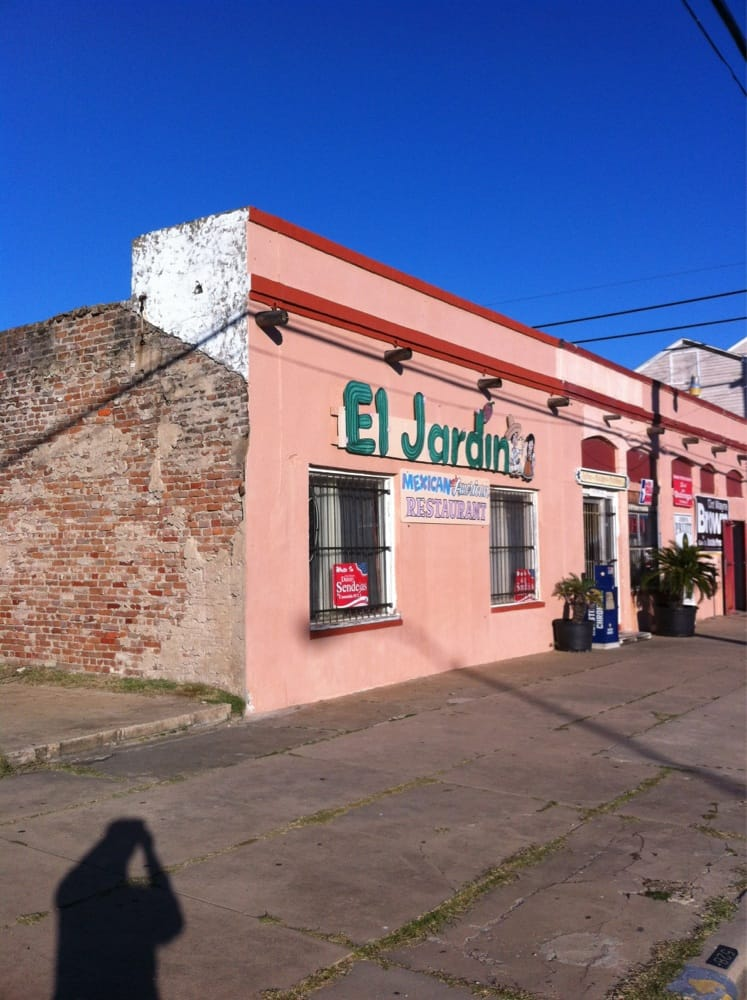 El jardin restaurant 10 photos mexican 413 24th st for Restaurant o jardin