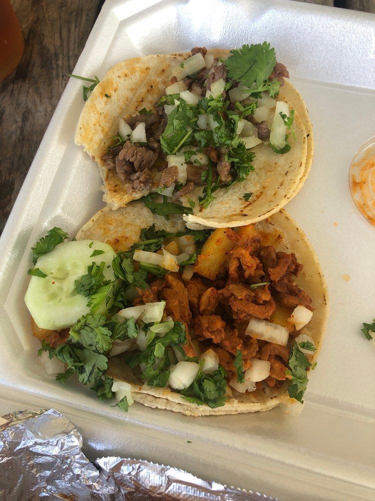 Food from Tacos Neza
