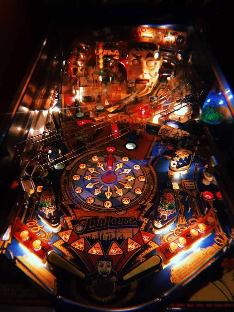 Modern Pinball NYC Arcade, Party Place & Museum
