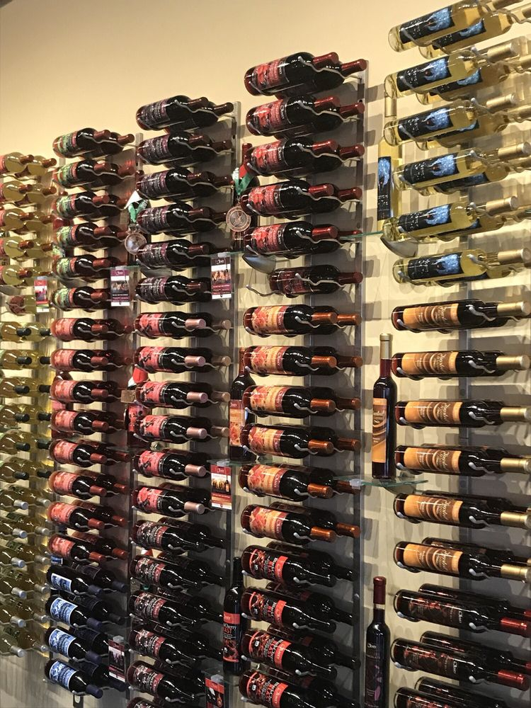 Olney Winery: 18127 Town Center Dr, Olney, MD