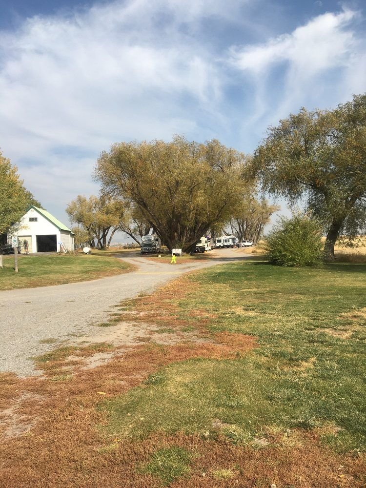 Jolley Camper RV and Cottages: 1146 N 3400th E, Ashton, ID