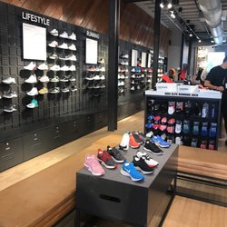 e9dde15a850f Nike Running - 48 Photos   72 Reviews - Sports Wear - 37 W Colorado Blvd