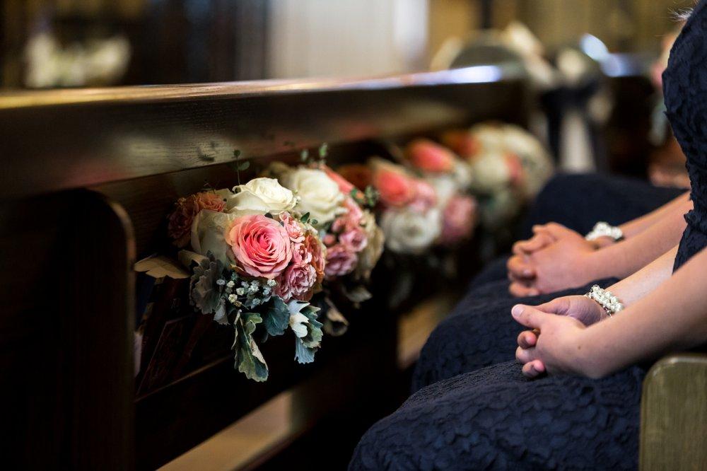 The Enchanted Florist: 162 S St Vrain Ave, Estes Park, CO