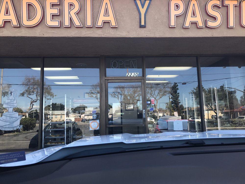 Panaderia Y Pasteleria: 2230 W Orangethorpe Ave, Fullerton, CA