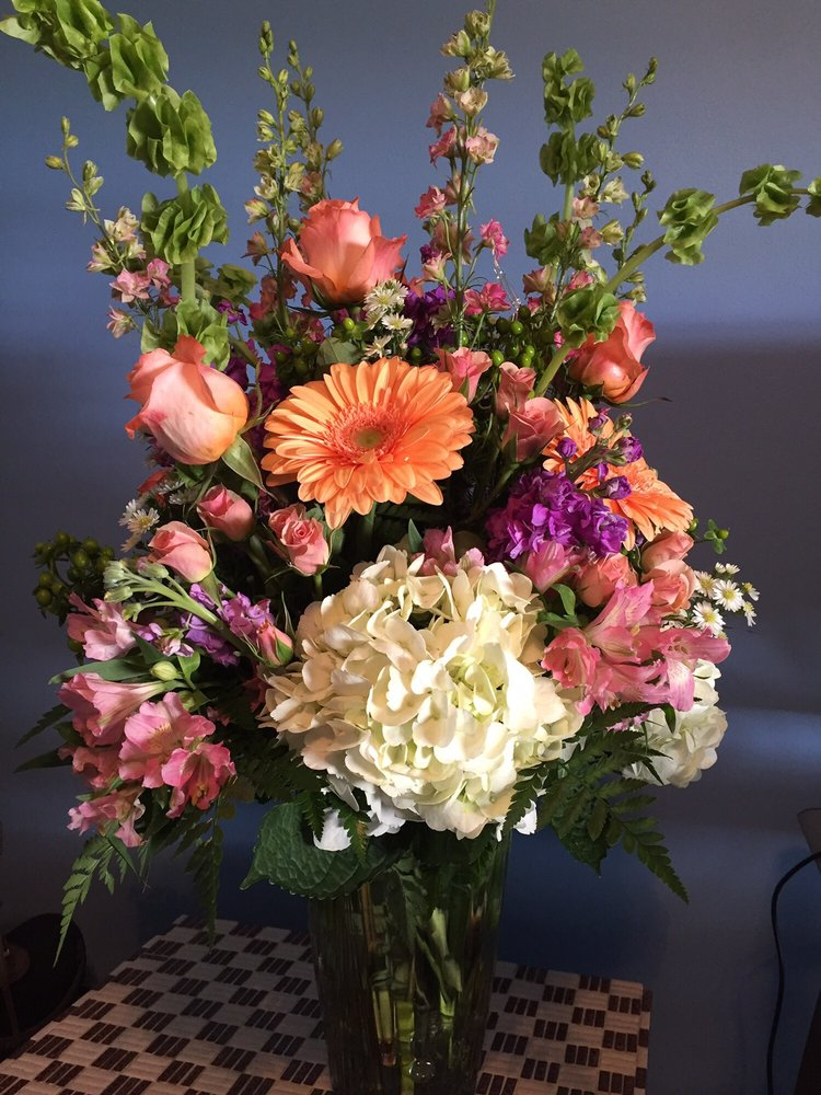 Freshest Flowers: 503 Station Ave, Haddon Heights, NJ