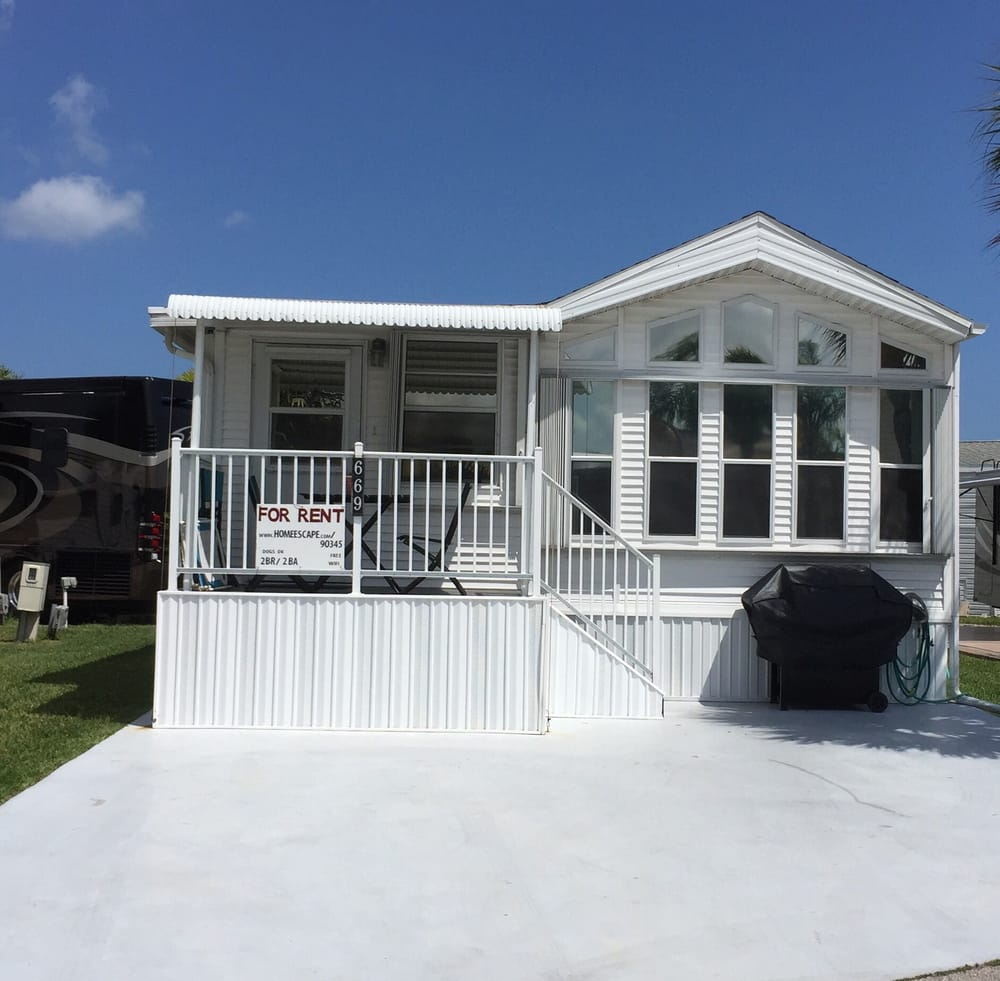 Beach House Pet Friendly Rentals: 2BR/2BA Beach Cottage On Nettles Island. Free Wifi And