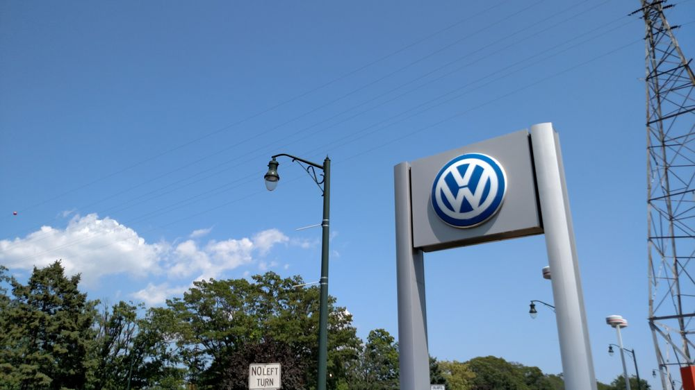 sunrise volkswagen    reviews car dealers  sunrise hwy lynbrook ny