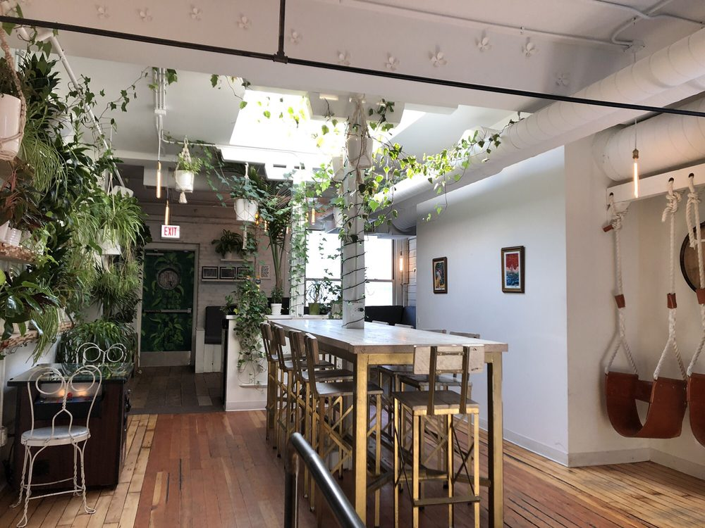 Tapster: 2027 W North Ave, Chicago, IL