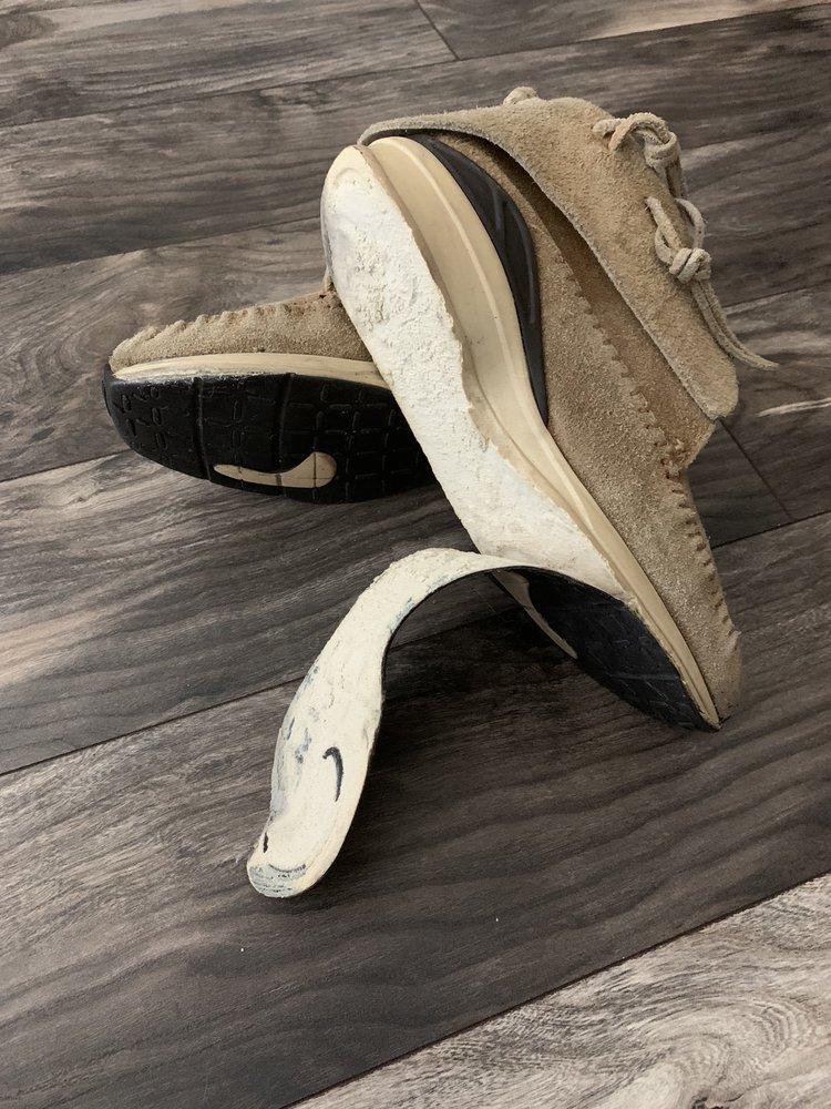 Emmanuel Shoe Repair: 7606 Beverly Blvd, Everett, WA