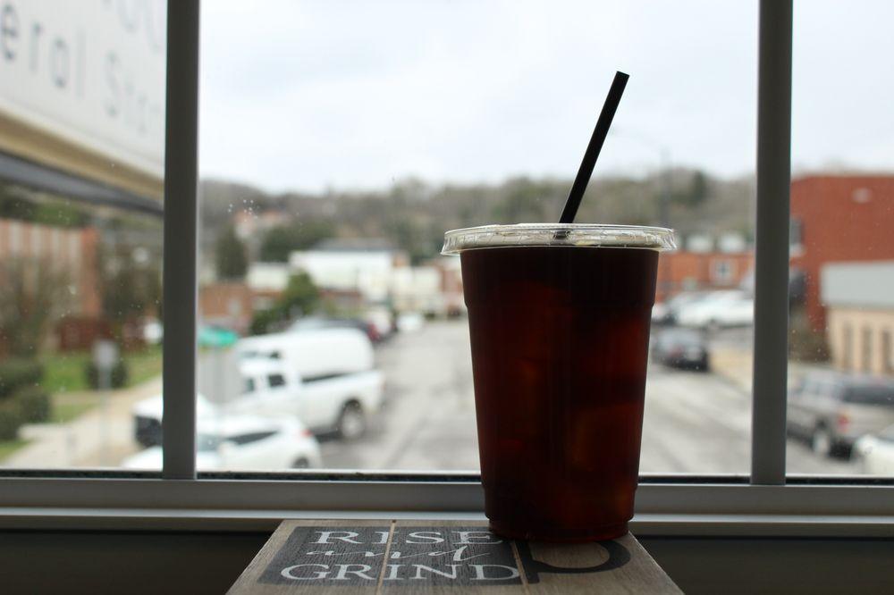 Clinch River Coffee: 141 N Main St, Clinton, TN
