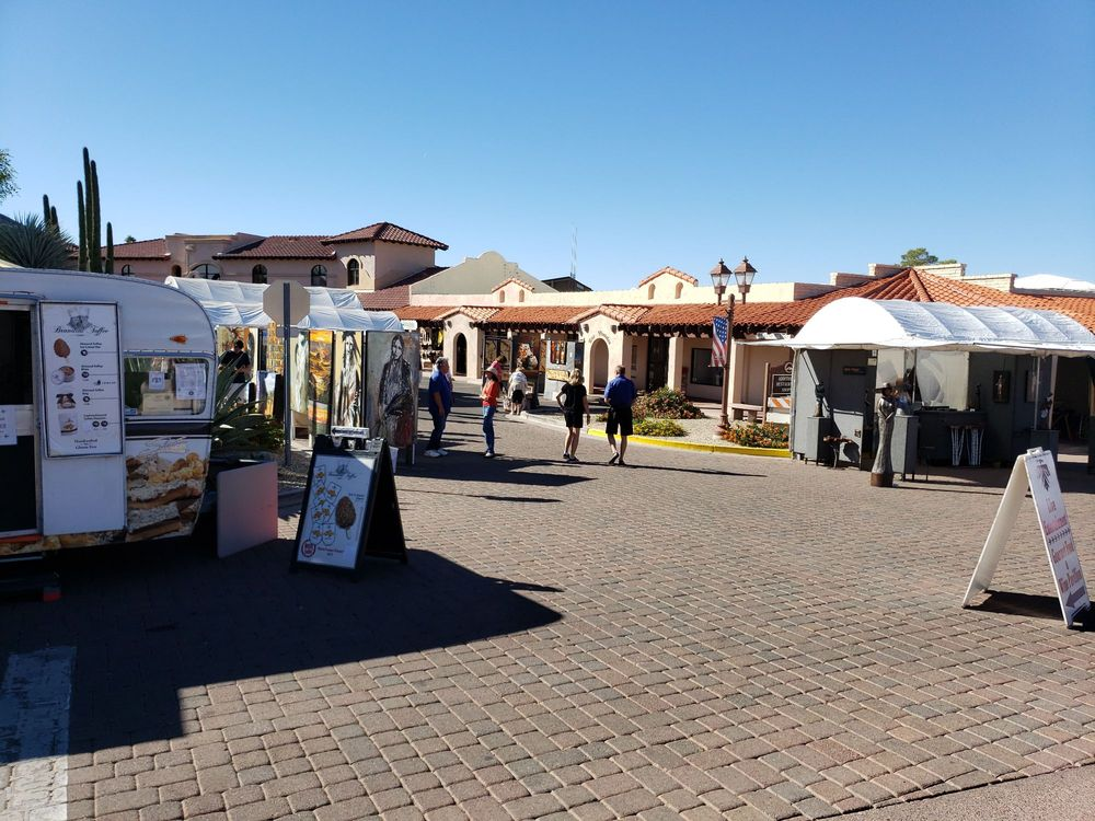 Carefree Art & Wine Festival: Easy & Ho Hum, Carefree, AZ