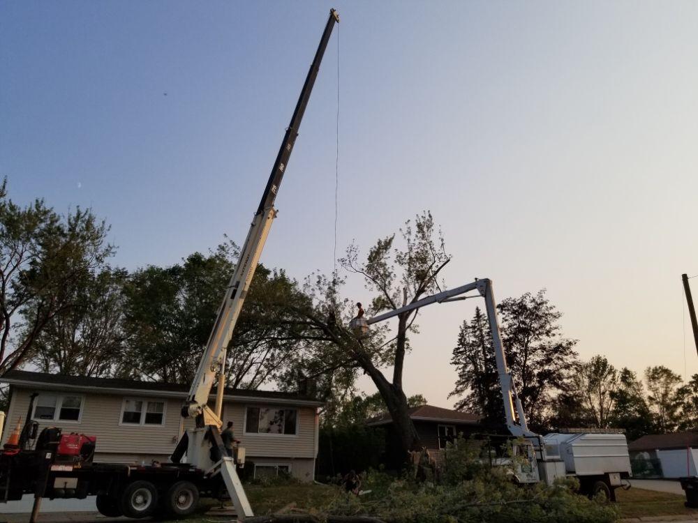 Tip Top Crane & Tree of Iowa: Cedar Rapids, IA