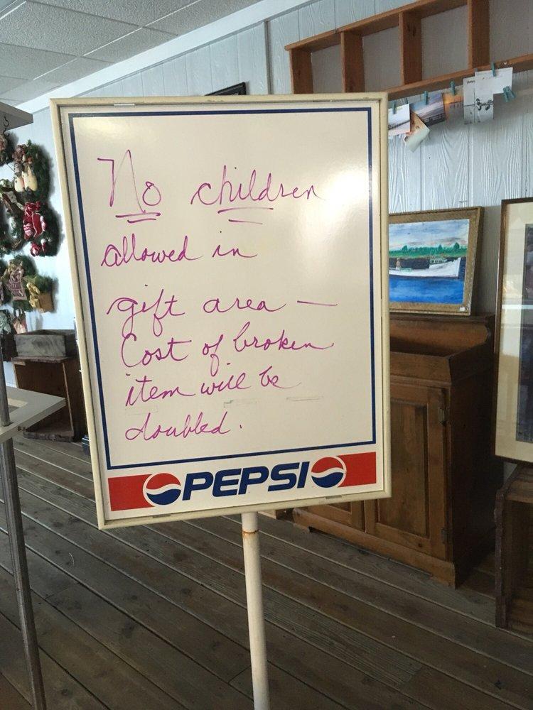 Ice Cream Gallery: 1010 Broad St, Crisfield, MD
