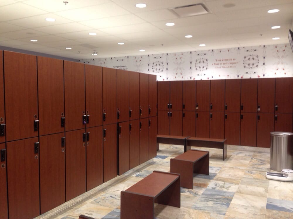 Women\'s locker room (this is about 1/2 of the lockers) - loads of ...