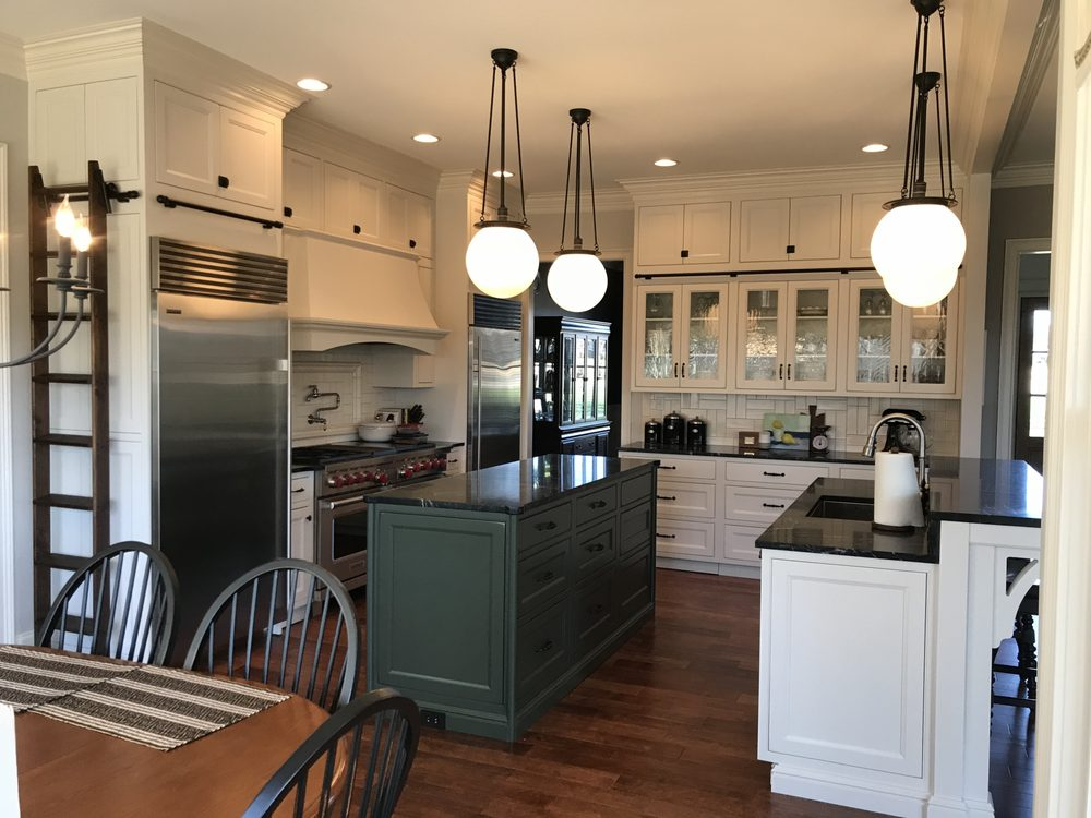 Daniel Wise Designs & Cabinetry: 1085 US 45 Bypass, Jackson, TN