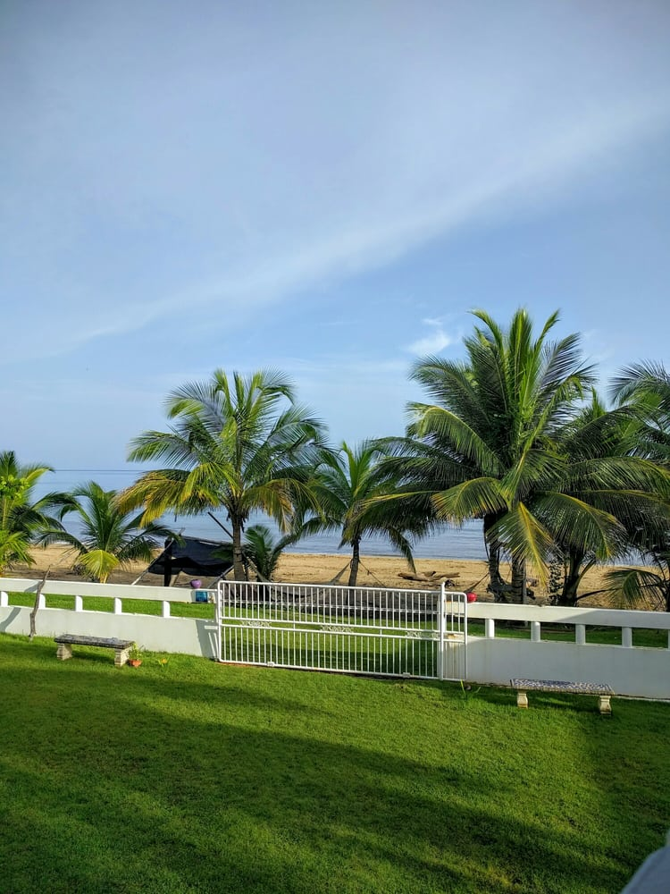 Grateful Souls Hostel: Guaniquilla, Aguada, PR