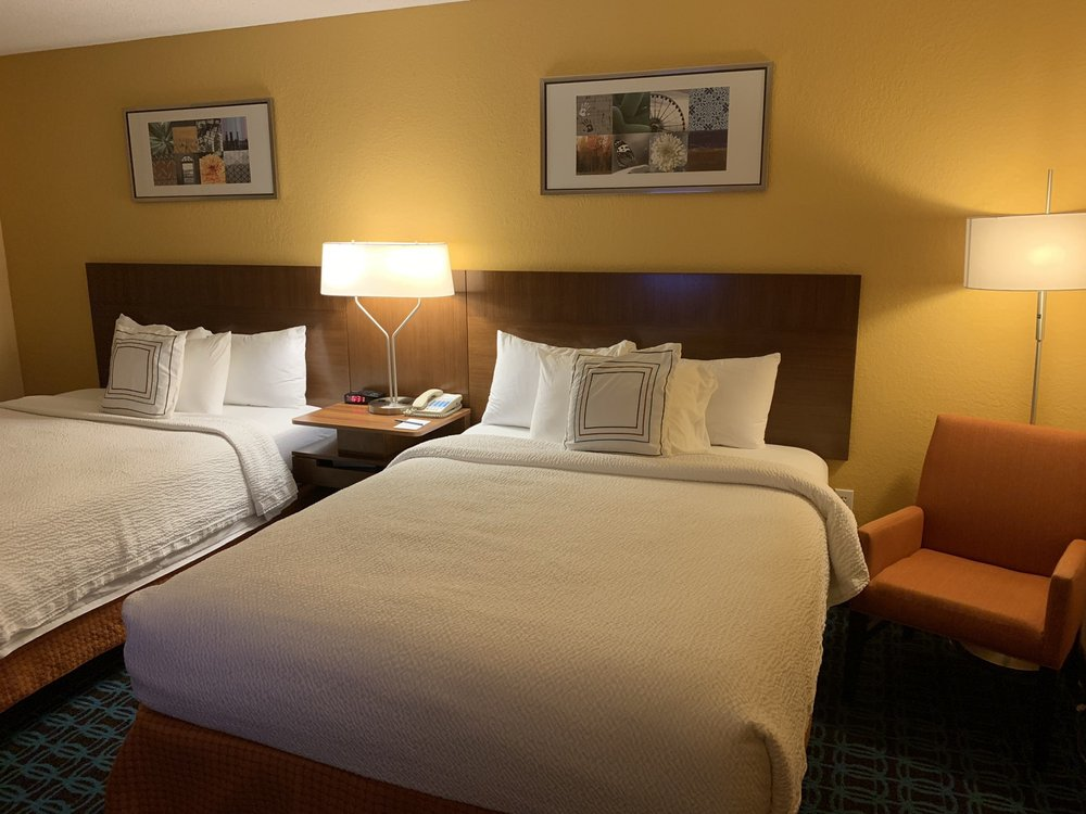 Fairfield Inn & Suites by Marriott Tifton: 806 W 7th St, Tifton, GA