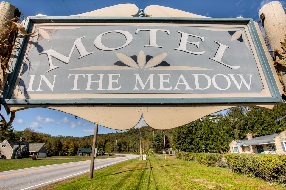 Motel In The Meadow: 936 Vt Route 11 W, Chester, VT