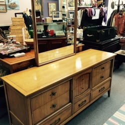 Winston S Haberdashery 18 Photos Furniture Stores 626 Admiral Dr Annapolis Md United