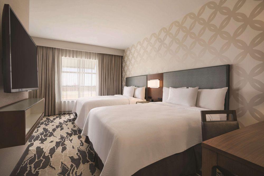 Embassy Suites by Hilton McAllen Convention Center: 800 Convention Center Blvd, McAllen, TX