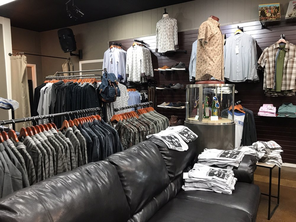 Eddie Lawrence Men's Store: 19 W North St, Greenfield, IN