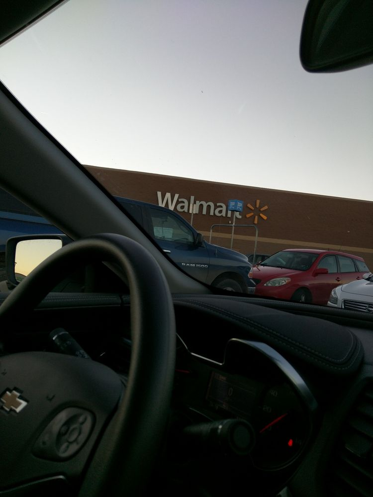 Walmart Supercenter: 1701 S Kansas Rd, Newton, KS
