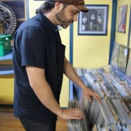 Shiva Music - Vinyl Records - Carrer del Còs del Bou, 15, Tarragona