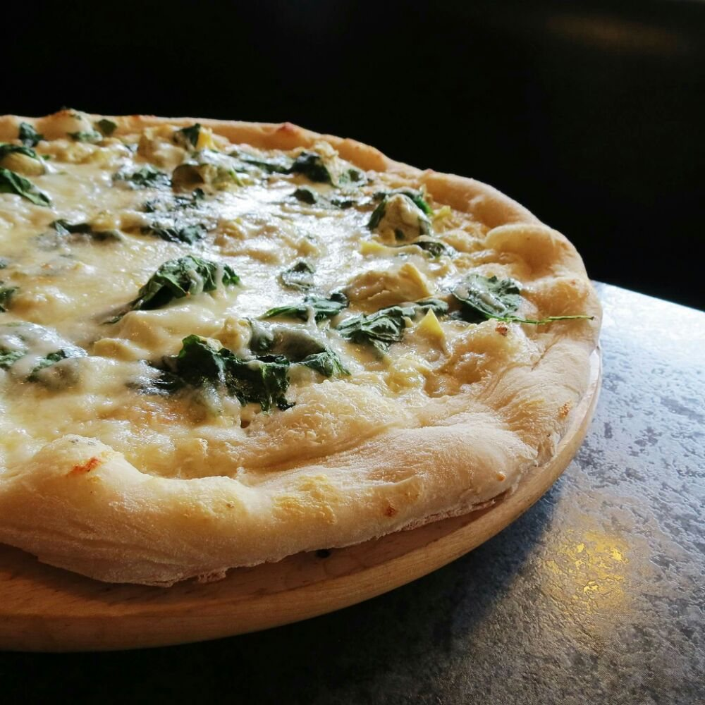Nicky's Pizza: 1735 Calumet Dr, Sheboygan, WI