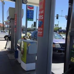Chevron Gas Station 14 Photos Amp 25 Reviews Gas