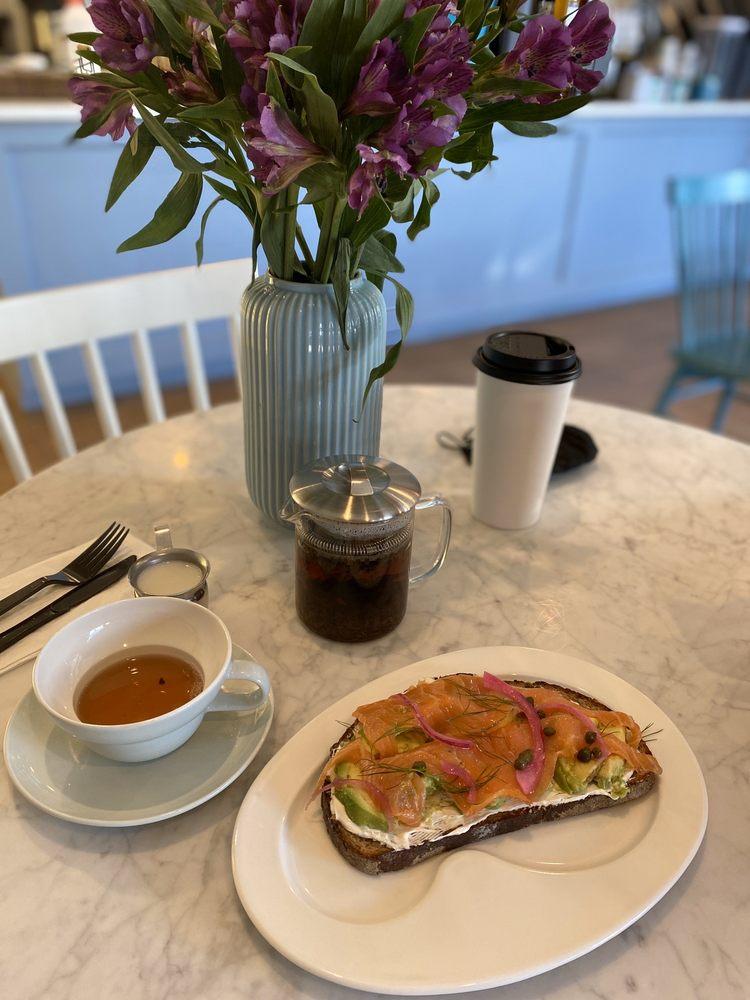 CafeInn: 15 Jericho Turnpike, Jericho, NY