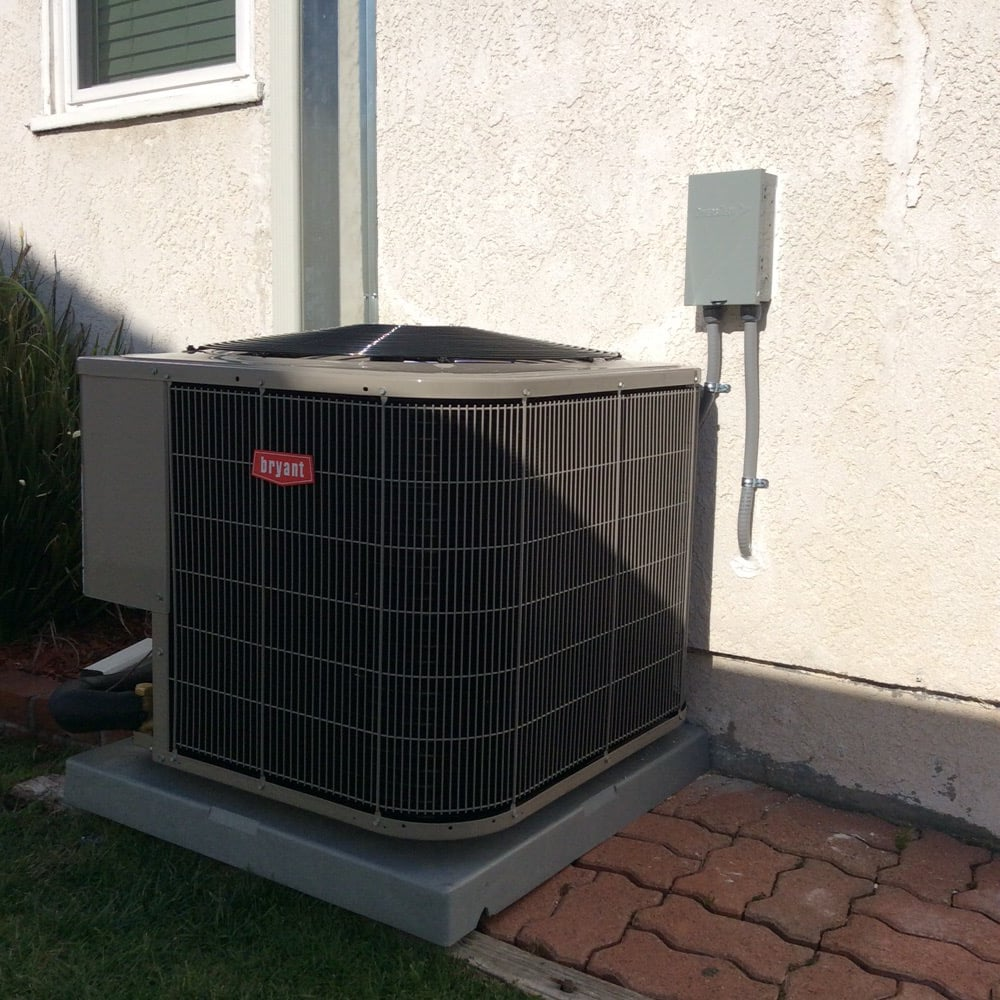 Bryant 14 Seer Condenser. Quality Work Done By Manny's
